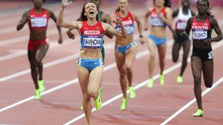 L'athlète russe Mariya Savinova remporte la finale du 800 m dames,lors des Jeux olympiques de Londres en 2012. (MAXPPP)