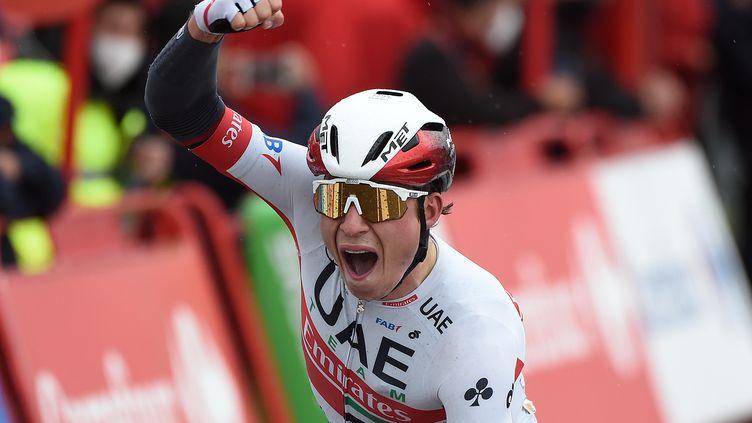 Philipsen n'a pas flanché malgré les 231 km de course sous la pluie et sur un parcours très vallonné. (MIGUEL RIOPA / AFP)