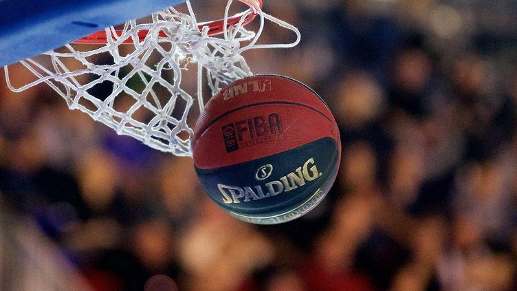 Ballon de basket (JOHAN BEN AZZOUZ / MAXPPP)