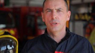 Agressé en cours d'intervention, un pompier témoigne. S'il a toujours l'intention d'être pompier, certains de ces collègues, eux, souhaitent quitter la profession. (CAPTURE ECRAN FRANCE 2)