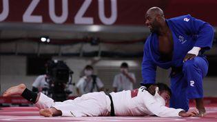Teddy Riner a offert le troisième point à l'équipe de France de judo, le 31 juillet 2021 à Tokyo. (JACK GUEZ / AFP)
