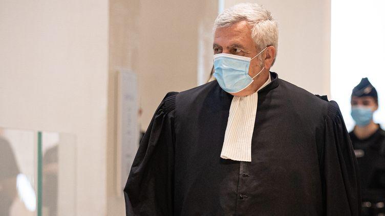 Thierry Herzogà son arrivée au tribunal judiciaire de Paris, le 20 mai 2021. L'avocat de Nicolas Sarkozy a expliqué pendant plus d'une heure pourquoi selon lui son client n'avait pas sa place au tribunal dans cette affaire.  (AURELIEN MORISSARD / MAXPPP)
