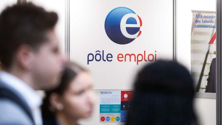 D'après une étude de Pôle emploi,8% des chômeurs bénéficiaires de l'assurance chômage ne cherchent pas activement un emploi. (CHRISTOPHE MORIN / MAXPPP)