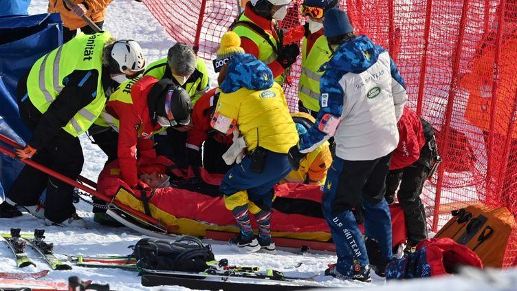 L'Américain Tommy Ford, victime d'une violente chute à Adelboden (FABRICE COFFRINI / AFP)