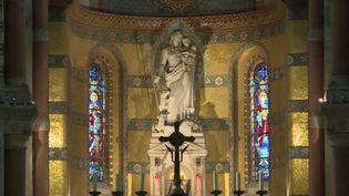 Intérieur de la basilique d'Albert, Somme (France 3 - Matthieu Maillet)
