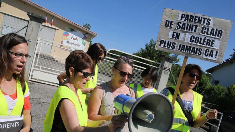(Certaines nouvelles plaintes émanent de Saint-Clair-de-la-Tour où un collectif de parents s'est monté © maxPPP)