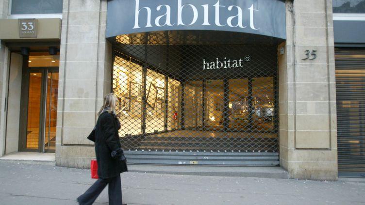L'enseigne va également fermer plusieurs magasins en France et en Espagne. (MAXPPP)