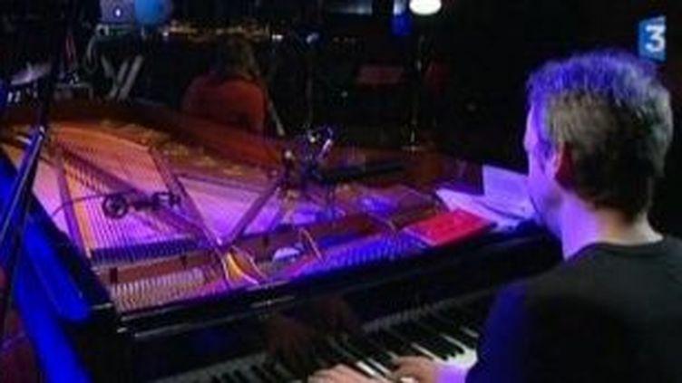 Jacques Gamblin et Laurent de Wilde au festival Jazz sous les pommiers  (Culturebox)