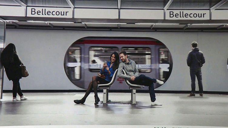 AryouAlive, le nouveau pojet photo de François Sola dans le métro de Lyon (France 3 Lyon)