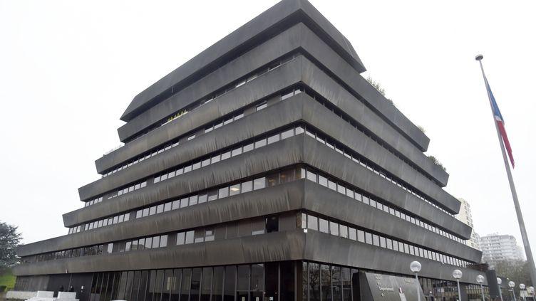 Le siège du conseil départemental de Seine-Saint-Denis, à Bobigny, photographié ici le 13 mars 2015. (DOMINIQUE FAGET / AFP)