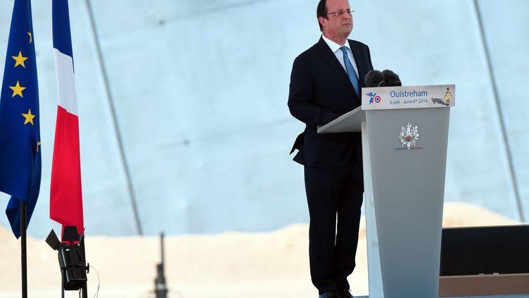 François Hollande s'exprime pour le D-Day, le 6 juin 2014. (DAMIEN MEYER / AFP)