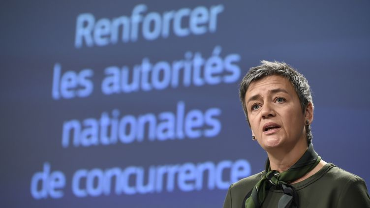 Margrethe Vestager, commissaire à la concurrence lors de sa conférence de presse à Bruxelles, le 21 mars dernier. (JOHN THYS / AFP)