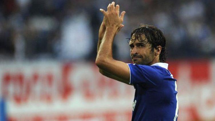 Raul sous le maillot de Schalke 04