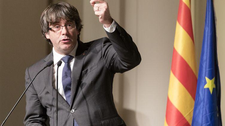 L'ex-président de la région de Catalogne, Carles Puigdemont, le 7 novembre 2017 à Bruxelles. (THIERRY MONASSE / DPA / AFP)