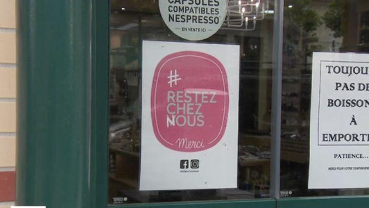 Au Pays basque, les petits commerces, artisans et restaurateurs se battent pour faire revenir les clients. Une campagne de publicité a trouvé le slogan idéal : #RestezChezNous. (CAPTURE D'ÉCRAN FRANCE 3)