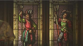 Lechâteau d'Anisy, àcôtéde Caen dans leCalvados, est mis aux enchères.150 ans d'histoire sont à vendre.Les derniers héritiers ont décidé de se séparer de tout ce qui les encombrait. (France 3)