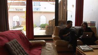 Hérault : travailler comme à la maison (FRANCE 3)