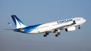 Un Airbus A330 de Corsair au-dessus de Paris, le 13 novembre 2011. (MATHIEU GARCIA / CORSAIR / AFP)