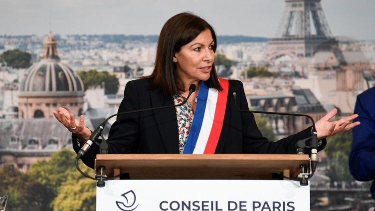 La maire de Paris, Anne Hidalgo, lors de son élection officielle, le 3 juillet 2020. (BERTRAND GUAY / AFP)
