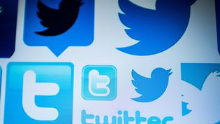 Des réseaux sociaux sur un écran de smartphone. (NICOLAS ASFOURI / AFP)