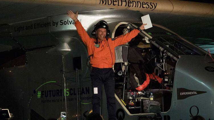 (Le pilote suisse Betrand Piccard a survolé le Pacifique et rejoint la Californie avec son avion solaire © Maxppp)