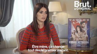 VIDEO. Sa rencontre avec Pedro Almodóvar, devenir mère… Penélope Cruz raconte les moments qui ont changé sa vie (BRUT)