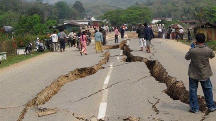 Tachilek, en Birmanie, après le séisme meurtrier du 25 mars 2011. (AFP/HO/WORLD VISION MYANMAR)