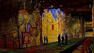 Exposition monumentale aux Carrières de Lumières, aux Baux-de-Provence  (France3/Culturebox)