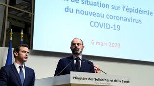 Le Premier ministre Édouard Philippe a confirmé vendredi 6 mars que la France reste au stade 2 pour lutter contre l'épidémie de Covid-19. Le passage au stade 3 va-t-il se produire ? (BERTRAND GUAY / AFP)