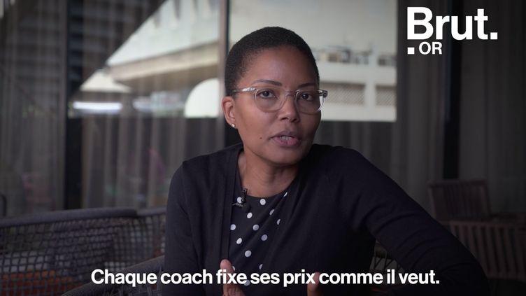 Coacher, elle en a fait son métier. Pour Brut, Ndeye Seck Sanchez partage 5 choses à savoir sur le métier de coach. (BRUT)