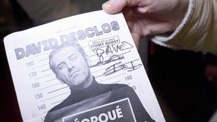 Le comédien David Desclos est un ancien délinquant multirécidiviste.Il raconte son histoire sur scène en insistant sur le fait que personne n'est jamais irrécupérable. (FRANCE 3)