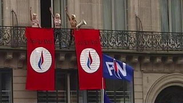 Le discours de Marine Le Pen coupé par les Femen
