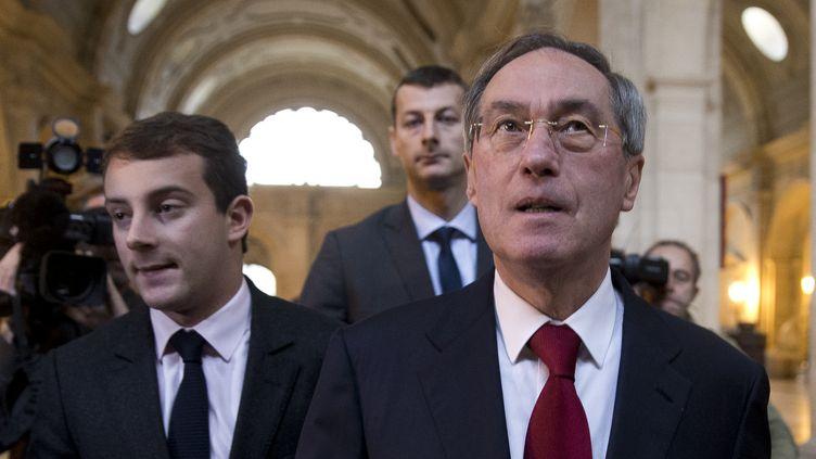 L'ancien secrétaire général de l'Elysée, Claude Guéant, au palais de justice de Paris, le 13 novembre 2015. (KENZO TRIBOUILLARD / AFP)