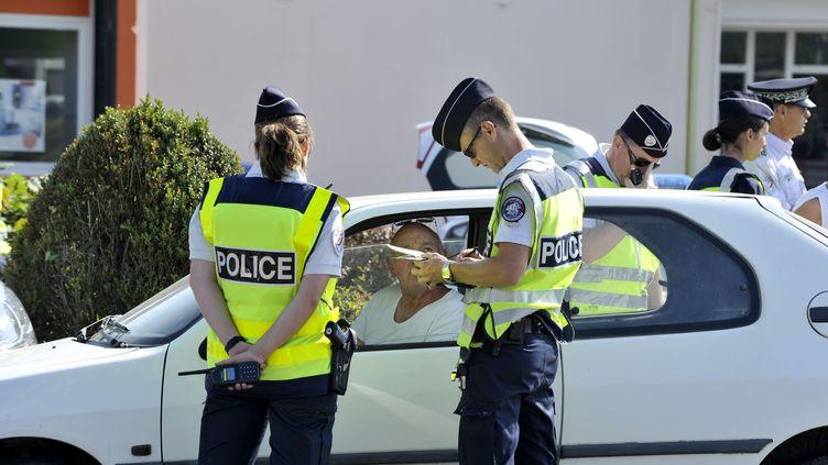 La police française procède àune tournée d'inspection à Nantes (Loire-Atlantique) en mars 2017. (ALAIN LE BOT / PHOTONONSTOP)