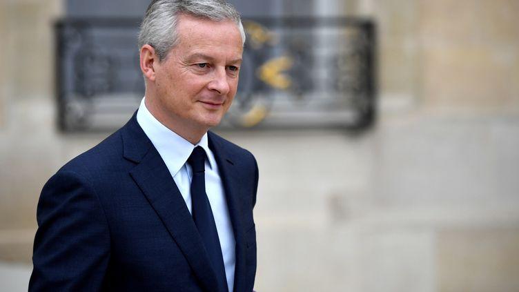 Bruno Le Maire, à la sortie d'un conseil des ministres. (ERIC FEBERBERG / AFP)