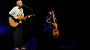 Graeme Allwright, chanteur aux pieds nus, au Festival en Ré 2011  (DR / Festival en Ré)