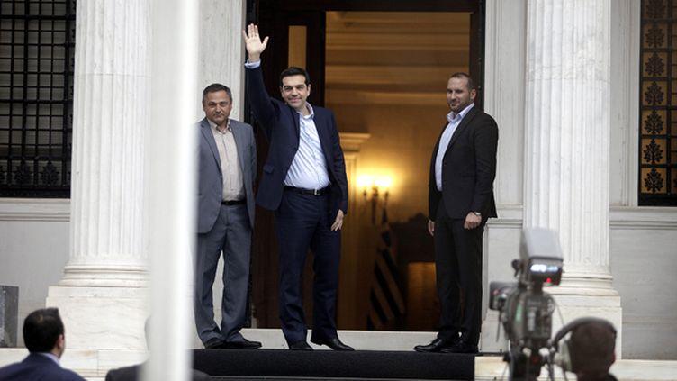 (Alexis Tsipras à son arrivée à son bureau à Athènes © REUTERS/Giorgos Kontarinis/Eurokinissi)