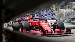 Charles Leclerc (Ferrari) durant la séance de qualfiication du Grand Prix de Monaco de Formule 1 le 22 mai 2021 (ANDREJ ISAKOVIC / AFP)