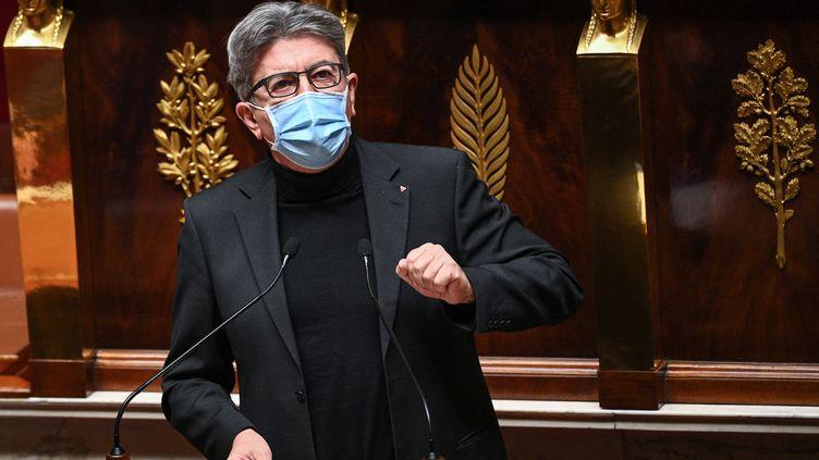 Le député La France insoumise Jean-Luc Mélenchon le 24 novembre 2020 à la tribune de l'Assemblée nationale à Paris. (ANNE-CHRISTINE POUJOULAT / AFP)
