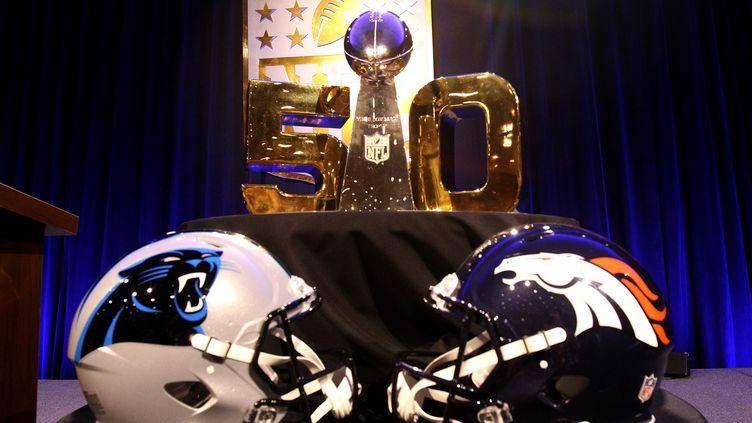 Le 50e Super Bowl opposera les Panthers de Carolina aux Broncos de Denver (MIKE LAWRIE / GETTY IMAGES NORTH AMERICA)