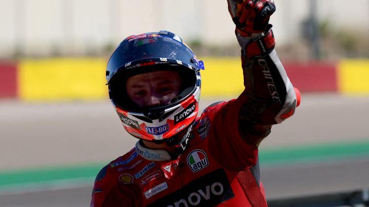 Francesco Bagnaia, après sa victoire lors du Grand Prix d'Aragon, le 12 septembre. (LLUIS GENE / AFP)