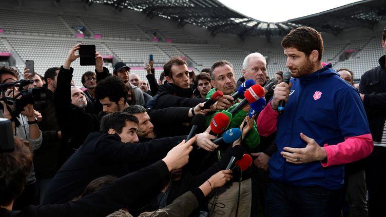 """En début de semaine, Pascal Papé s'était dit prêt """"à mourir les armes à la main"""" en réaction à l'annonce de la fusion entre le Racing 92 et le Stade Français.  (CHRISTOPHE SIMON / AFP)"""