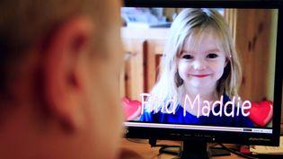 La petite Madeleine McCann, une Britannique âgée de 4 ans, a disparu le 3 mai 2007 dans la petitestation balnéaire de Praia da Luz, dans le sud du Portugal. (NATHALIE MAGNIEZ / AFP)