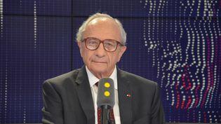 François Logerot, président de la Commission nationale des comptes de campagne et des financements politiques. (JEAN-CHRISTOPHE BOURDILLAT / RADIO FRANCE)