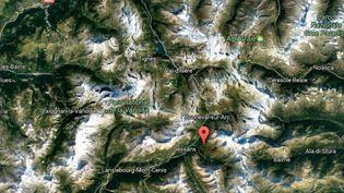 L'avalanche s'est déclenchée vers 11 heures, le 13 février 2017, dans le couloir des Tuffs au-dessus du lac de Tignes (Savoie). (GOOGLE MAPS)