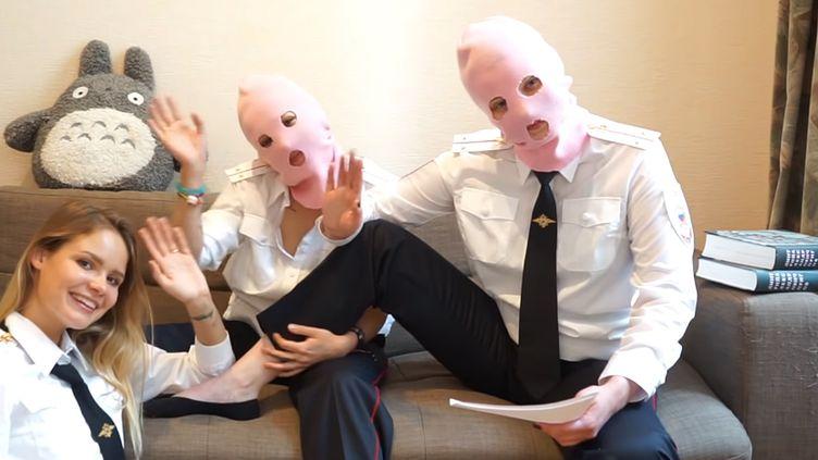 Les Pussy Riot revendiquent leur intrustion durant la finale de Coupe du Monde.  (Saisie écran YouTube Wearepussyriot)