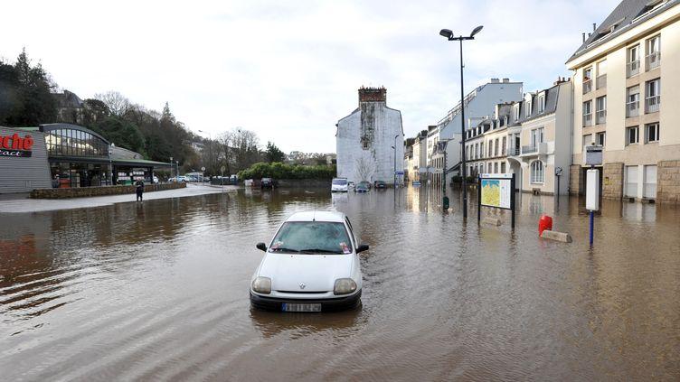 Une rue de Morlaix(Finistère),mardi 24 décembre 2013 au matin. (FRANK PERRY / AFP)