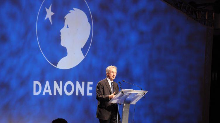 Le PDG du groupeDanone,Franck Riboud, le 26 avril 2012 à Paris. (ERIC PIERMONT / AFP)