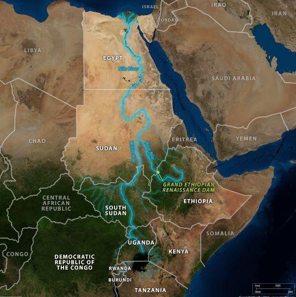 Carte du Nil et ses affluents qui traversent huit pays africains (libre de droits )