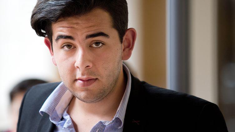 Jonathan Delay, l'une des parties civiles au procès de Daniel Legrand, qui se tient devant la cour d'assises de Rennes, le 3 juin 2015. (JEAN-SEBASTIEN EVRARD / AFP)